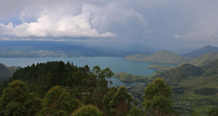 Lac Toba en Indonésie avec enfants