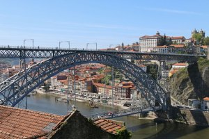 pont dom luis vu des hauteurs de la ville