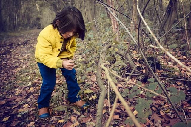 Découverte d'enfant dans la forêt, photo de Philippe Put (CC BY 2.0)