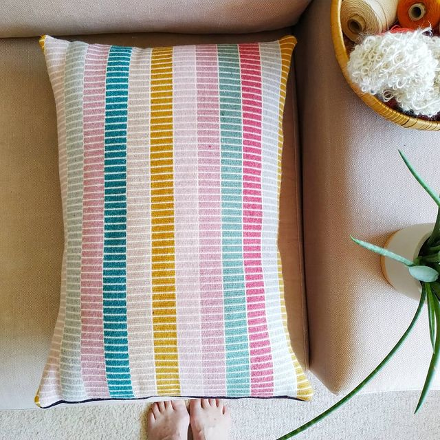 PetraMarciniak_modernweaving_Krokbragd cushion