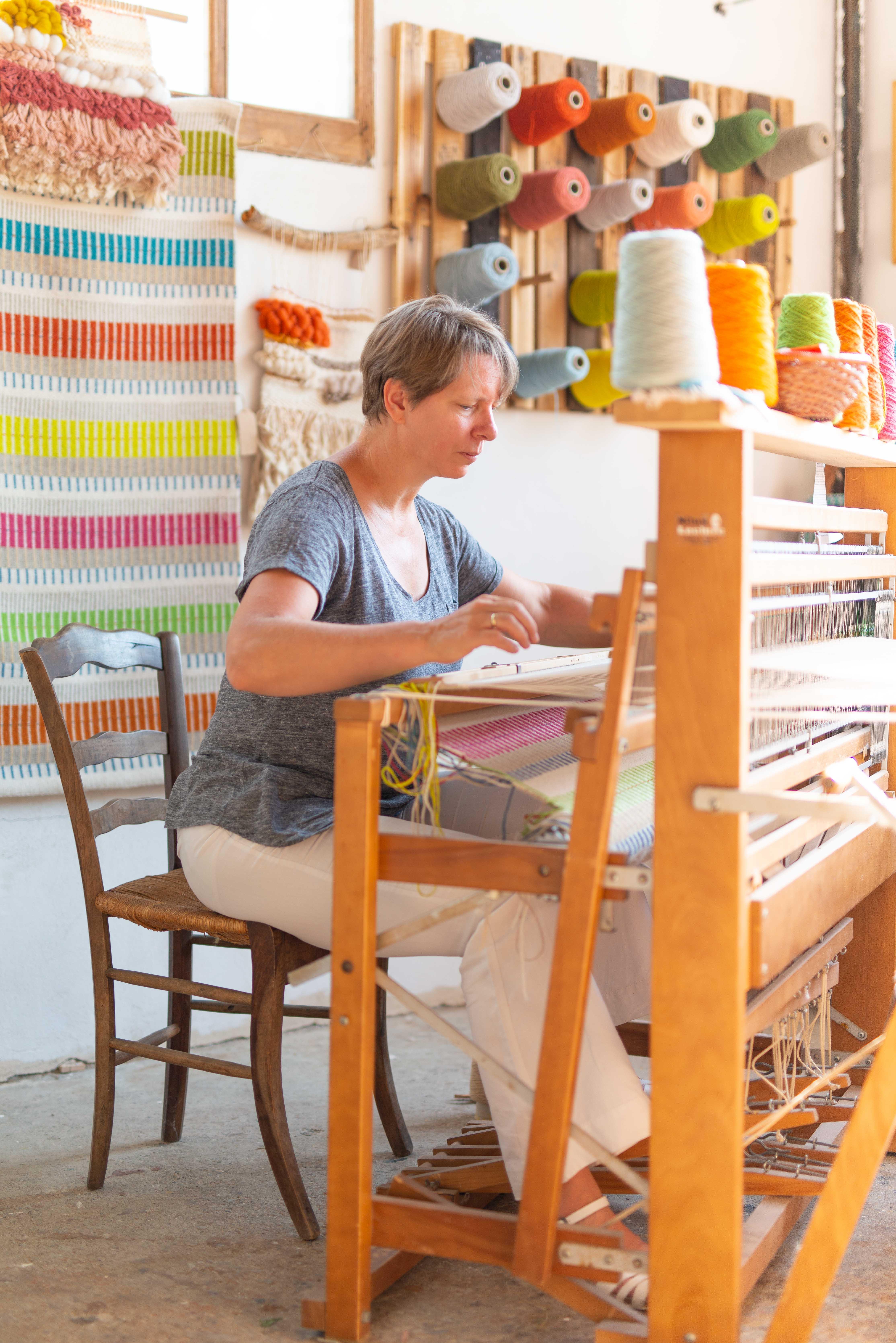 7 ways to make a rug_Handwoven rug_rugmaking_petramarciniaktextiles