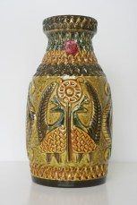 Bay vase, peacock decor, form number 961-30