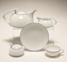 Rosenthal TAC Tea set designed by architect and former Bauhaus director Walter Gropius 1967