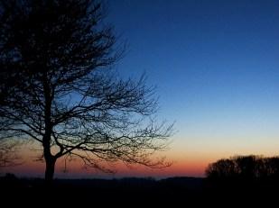 11-April bevor die Sonne aufgeht -*home*