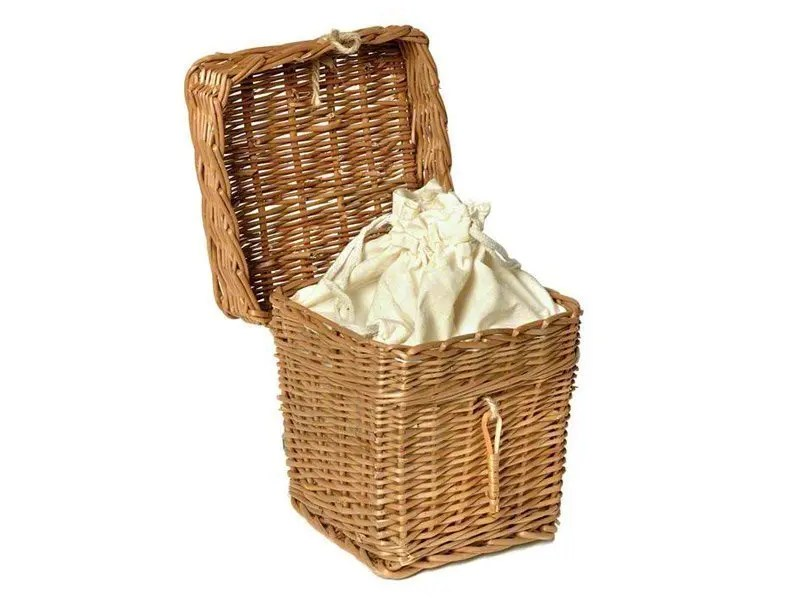 Our lovely willow ashes urns look lovely in any setting and can be painted. Wicker willow ashes casket