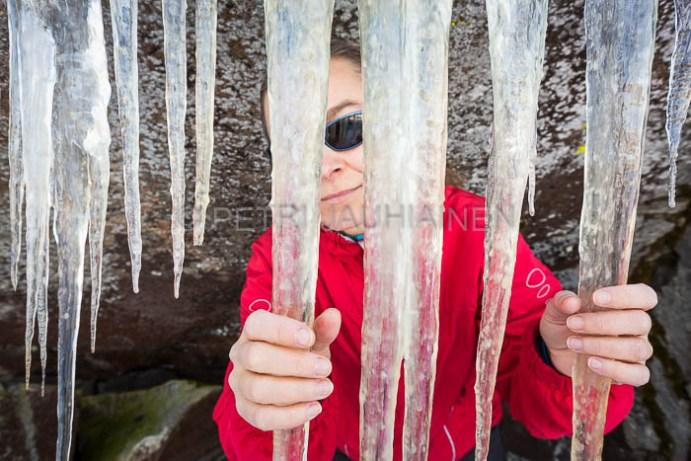 Jääkaltereiden takana