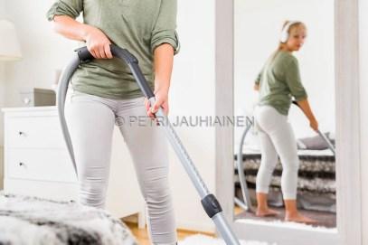 Siivouspäivä kuvatoimistokuva valokuvaaja Petri Jauhiainen