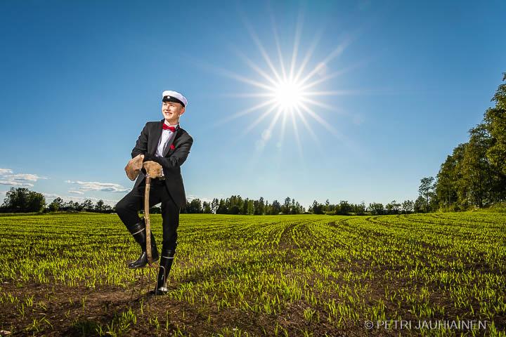 Ylioppilaskuvaus miljöössä valokuvaaja Petri Jauhiainen