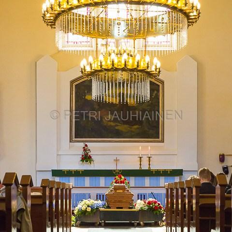 Vehmersalmen kirkko valokuvaaja Petri Jauhiainen