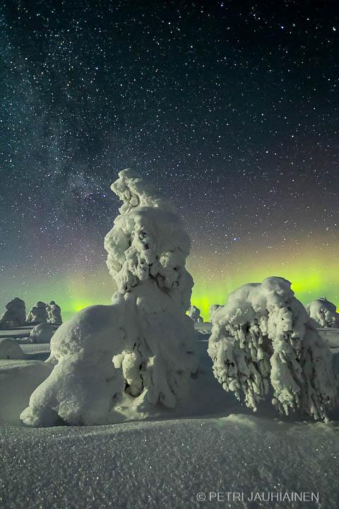 Revontulet valokuvaaja Petri Jauhiainen Kuopio