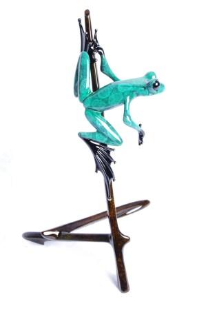 "I-Spy, Medium: Bronze Release: 2011 Edition: 2000 AP/100 Catalog: BF149 Size: 6.25"" x 6.75"" x 10.75"" Artist: Frogman"