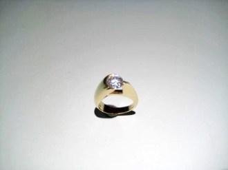 14K Gold C.Z. Ring Artist: Eddie Sakamoto Catalog: 597-43-6