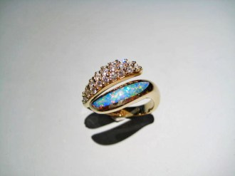 14K Gold Ring with Opal and Diamond Artist: Kabana Stavros Catalog: 800-41-8