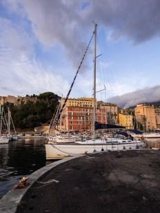 Korsika, Bastia a kotvící Tanta Roba