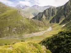 Pohled do údolí Pirikiti