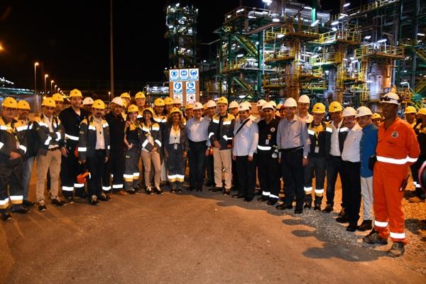 وزير البترول يتفقد محطة المعالجة البرية لحقل ظهر بحضور قيادات القطاع وإينى الإيطالية