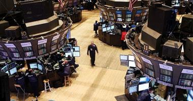 بورصة وول ستريت تغلق منخفضة مع انتظار المستثمرين تقارير أرباح الشركات
