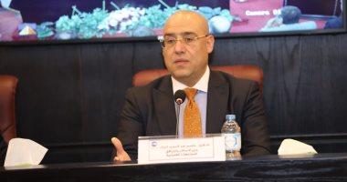 """وزير الإسكان يتفقد الوحدات السكنية بمشروع """"الإسكان الاجتماعى"""" بمدينة بدر"""