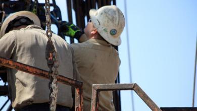 صورة Murphy Oil plans to curb May output by 40,000 bpd, moves HQ to Houston