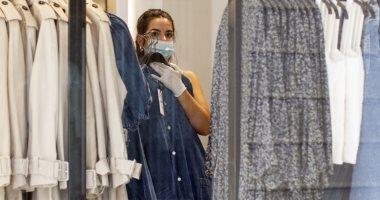 10 شركات تنظم معرض ملابس بالمخالفة لقرار الحكومة بحظر نشاط المعارض والمؤتمرات