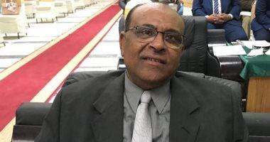 رئيس نقابة المناجم والمحاجر يطالب بخفض سعر الغاز لدعم الصناعة الوطنية