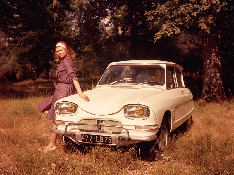 Citroen Ami and girl