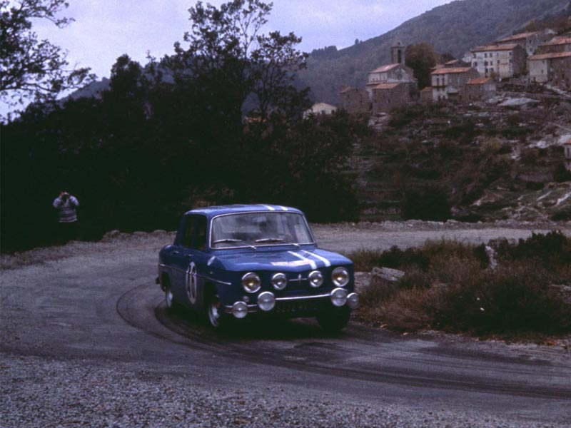 Rear-wheel drive Renaults - 8 Gordini