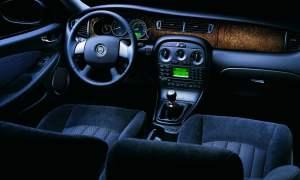 Jaguar X-Type Estate dashboard