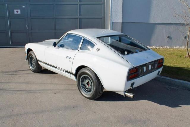 DATSUN 280z with a nissan skyline rb engine, suspension, braking upgrades