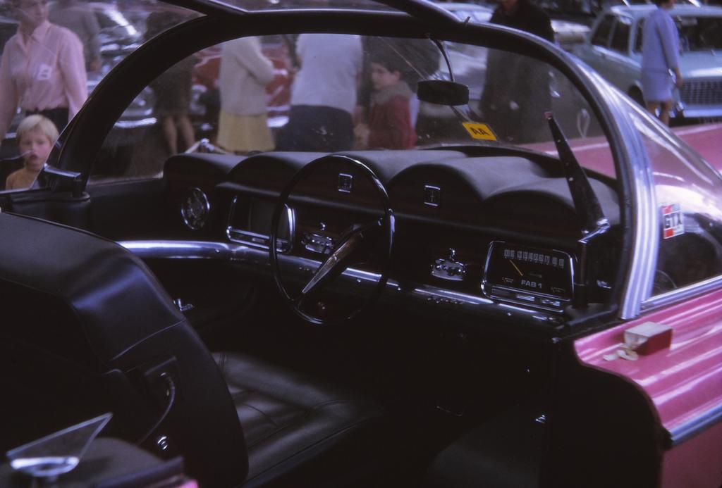 FAB 1 Rolls Royce Replica interior