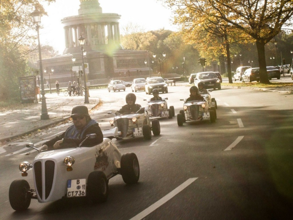 Tour of Berlin in Mini Hot Rods