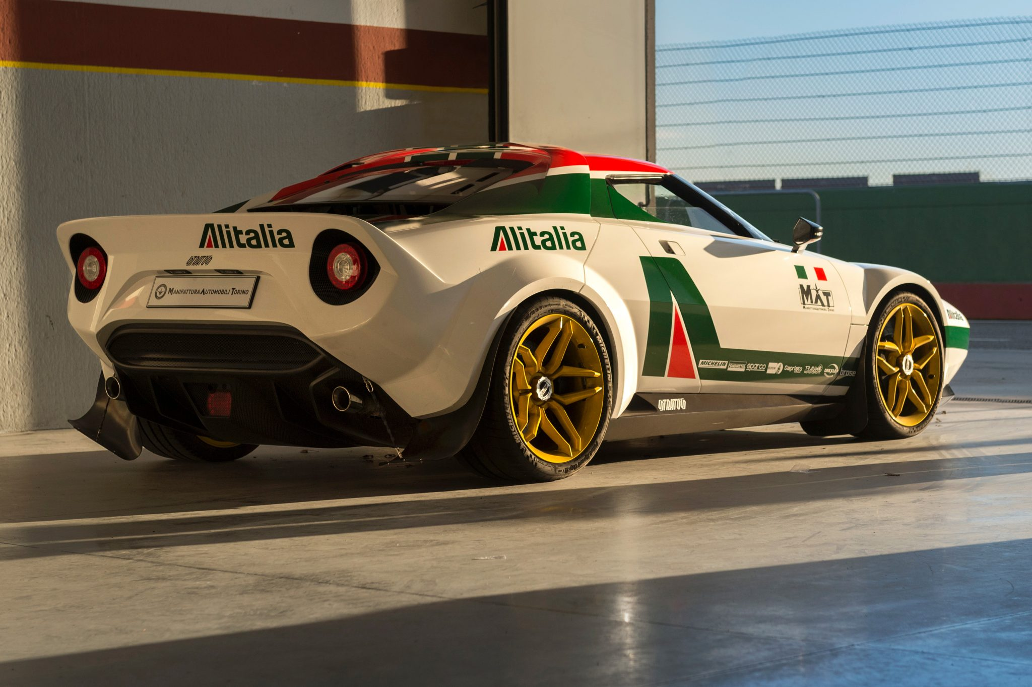 New Stratos, new legend