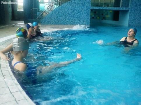 Zajęcia a basenie, fot. ZS w Goślicach