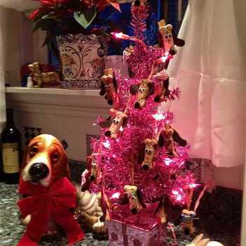 Basset Hound Christmas Tree