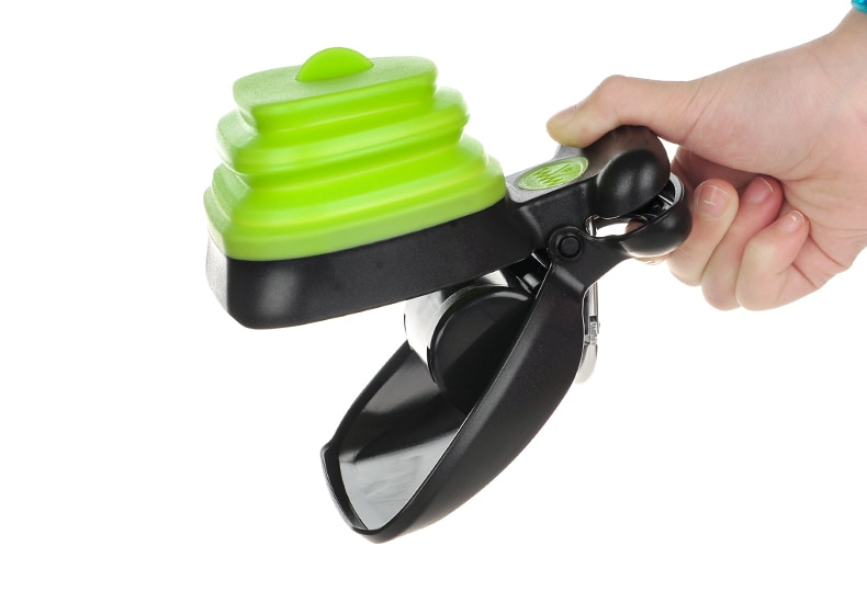Pets Travel Foldable Cleaning Tool