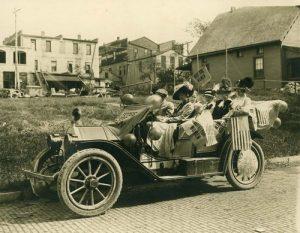 Suffragettes, Lawrence, KS