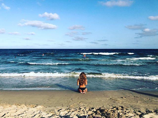September. Goodbye, summer ⚓️ #Varna #Bulgaria #beach #nomadstories #beachgirl #notme ;)