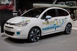Peugeot spalający 2 litry na 100 km?
