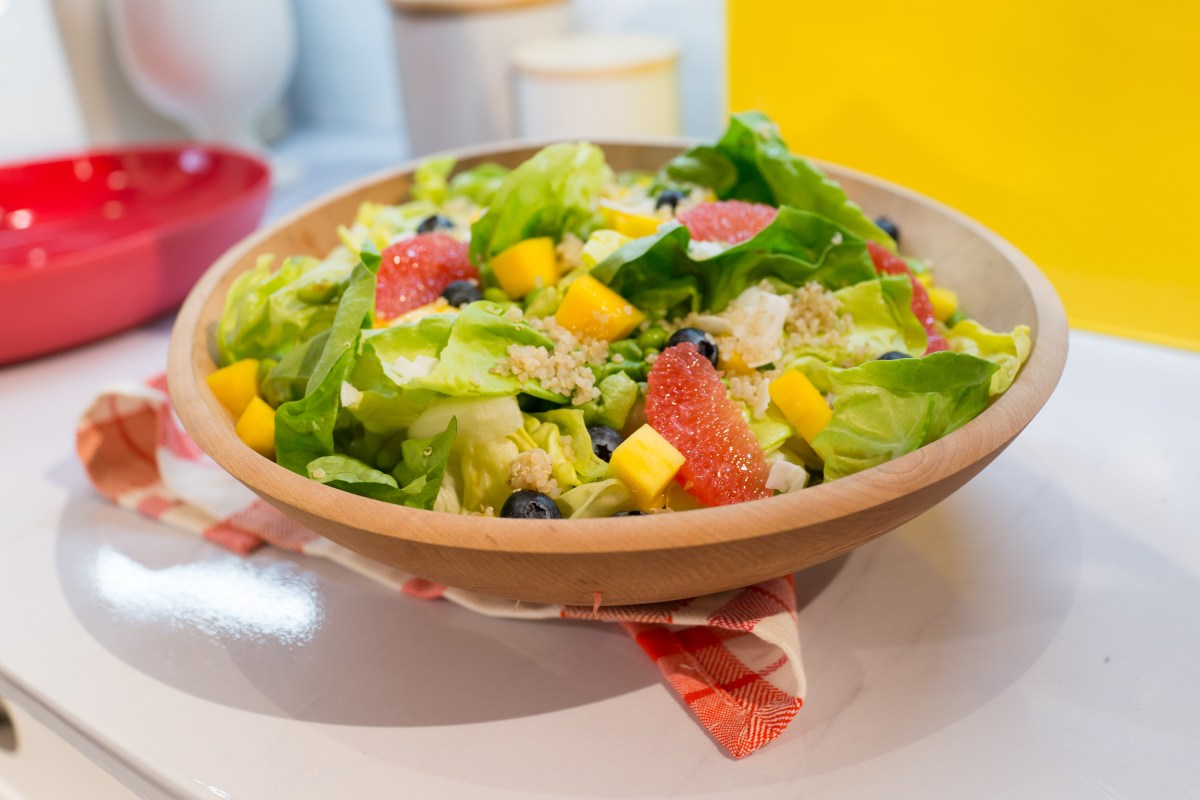haylie duff- tropical grapefruit salad