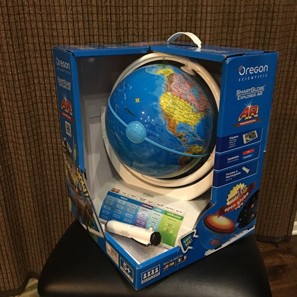 Smart Globe by Oregon Scientific