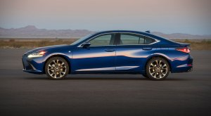 See Whats New with Lexus at Len Stoler Lexus