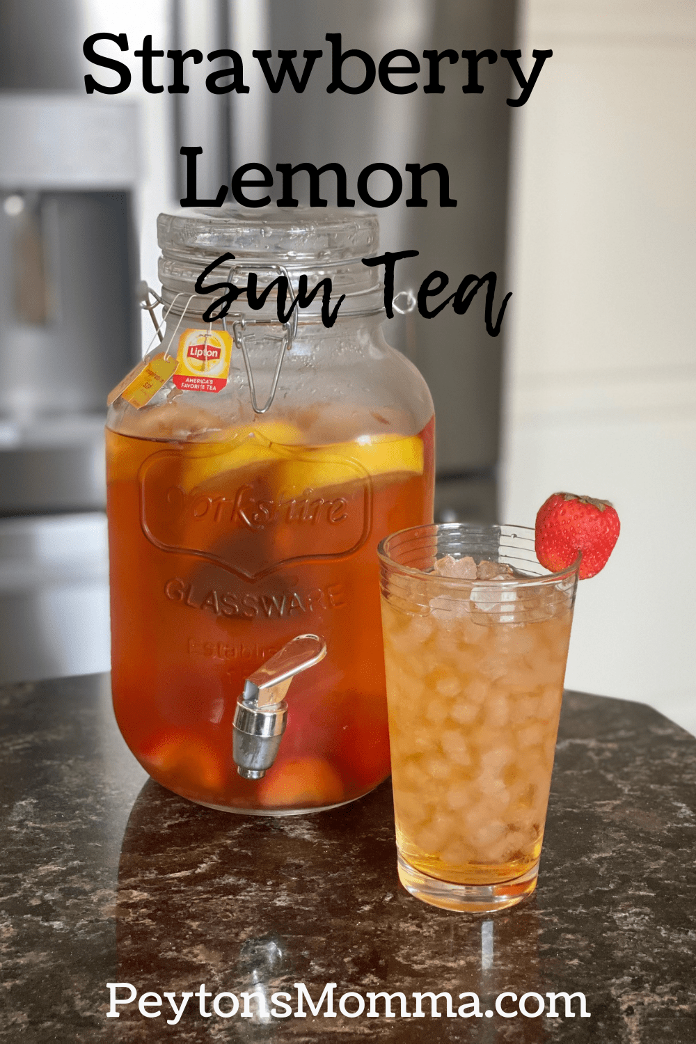 Strawberry Lemon Sun Tea - Peyton's Momma™
