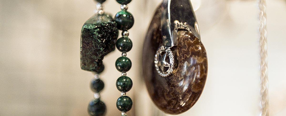 pezrok jewelry page slider image