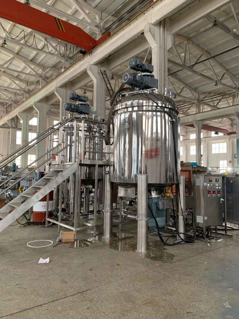 3000L vacuum emulsifying tank