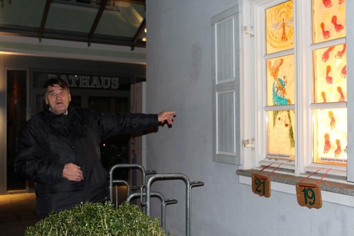 Adventsfenster-eröffnung inAltomünster