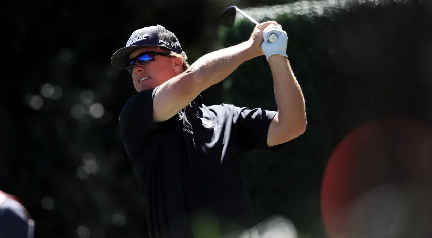 ORLANDO, FL - MARCH 17:  Charley Hoffman of the United States plays his shot from the 17th tee during the second round of the Arnold Palmer Invitational Presented By MasterCard at Bay Hill Club and Lodge on March 17, 2017 in Orlando, Florida.  (Photo by Sam Greenwood/Getty Images)