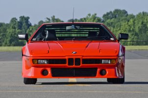 bmw-m1-1980-interior-wallpaper-6