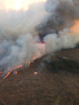Bobtail Lake fire south of Vancerhoof in 2015.