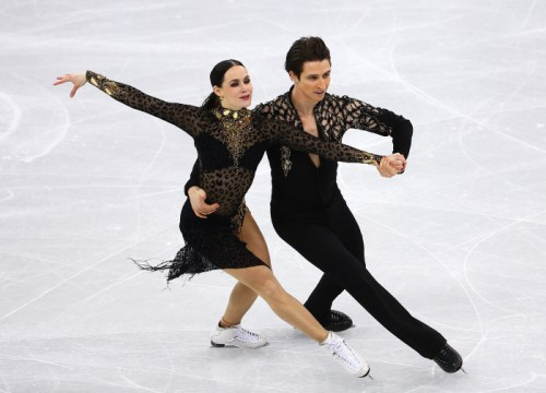 Tessa Virtue and Scott Moir of Canada compete in the Figure Skating Ice Dance Short Program at the Gangneung Ice Arena during the PyeongChang 2018 Olympic Winter Games in PyeongChang, South Korea on February 19, 2018. (Photo by Vaughn Ridley/COC)