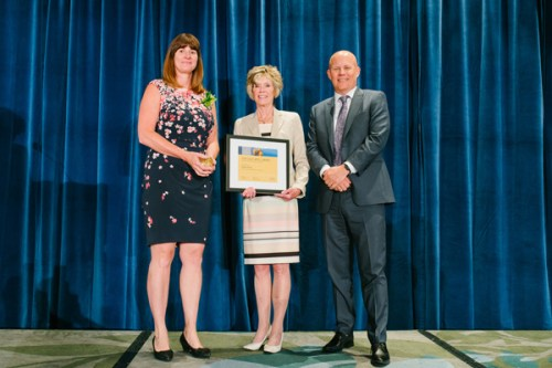 Debbie Strang (at left) receiving her Health Care Hero award at the 2018 BC Heath Care Awards in Vancouver on June 25. Northern Health photo